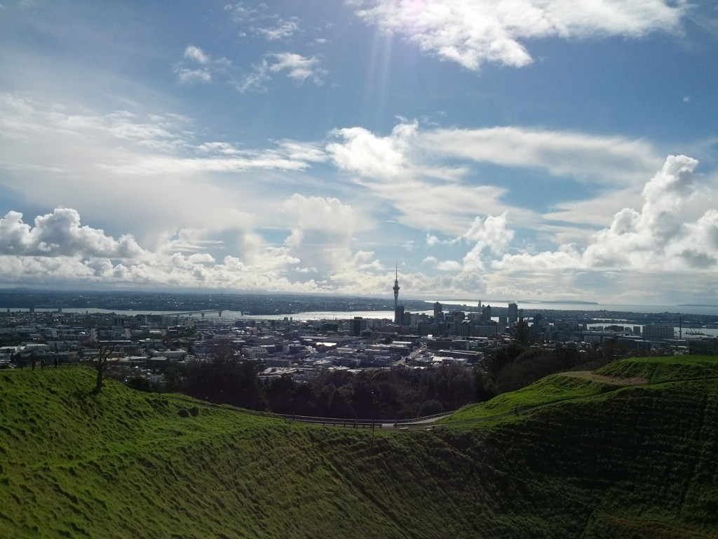 Viewing Auckland CBD from up on Mt Eden.
